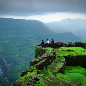 Kolhapur Hikers New Year Spl Trek To Rajmachi